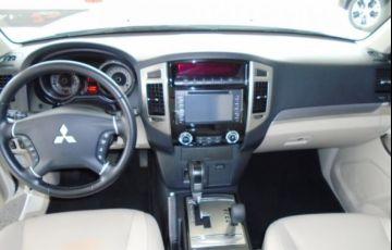 Mitsubishi Pajero Full HPE 4X4 3.8 V6 24V - Foto #4