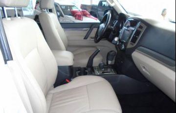 Mitsubishi Pajero Full HPE 4X4 3.8 V6 24V - Foto #6