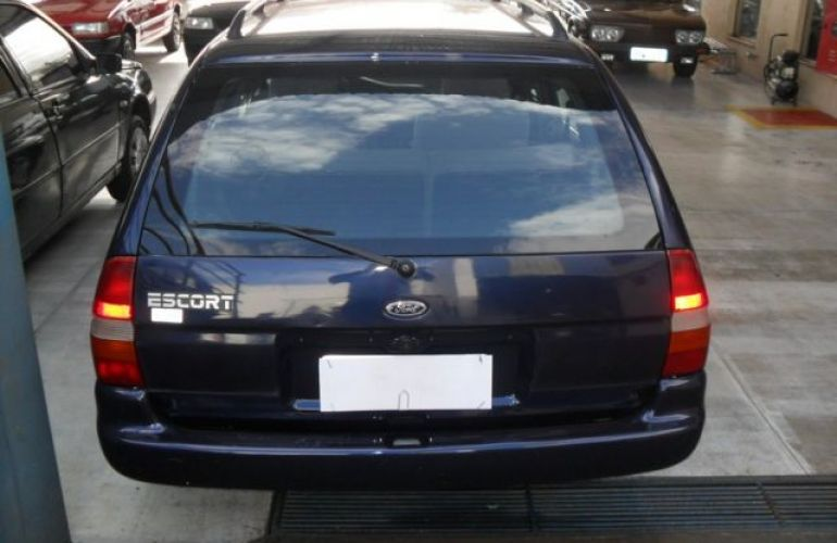 Ford Escort SW GLX 1.8 16V - Foto #5