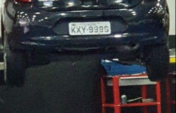 Nissan March 1.6 16V SL (Flex)
