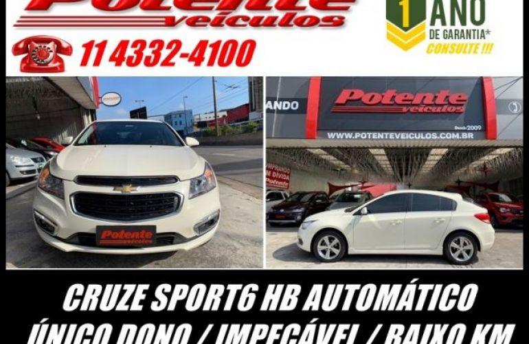 Chevrolet Cruze Sport6 LT 1.8 Ecotec 6 16V - Foto #2