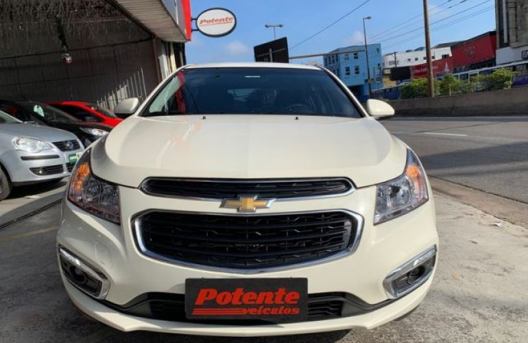 Chevrolet Cruze Sport6 LT 1.8 Ecotec 6 16V - Foto #4