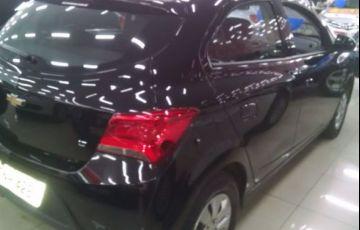 Chevrolet Onix LT 1.0 MPFI 8V - Foto #5