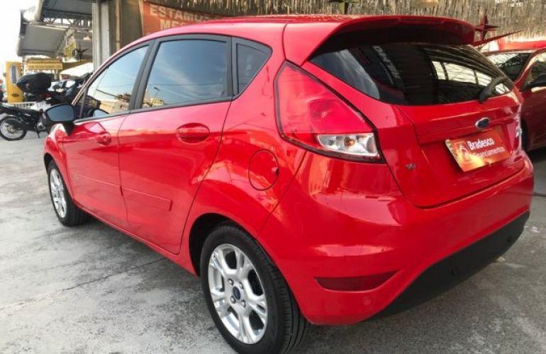 Ford Fiesta 1.6 SEL - Foto #8