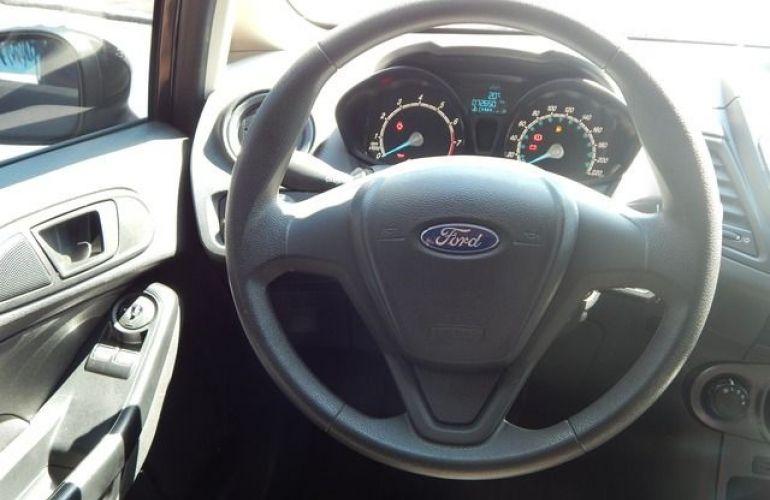 Ford New Fiesta SE 1.5 - Foto #4