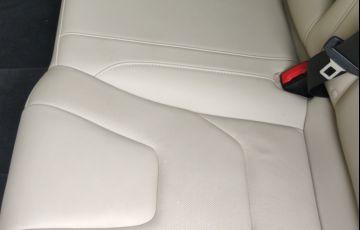 Ford Fusion 2.0 EcoBoost Titanium AWD (Aut) - Foto #2