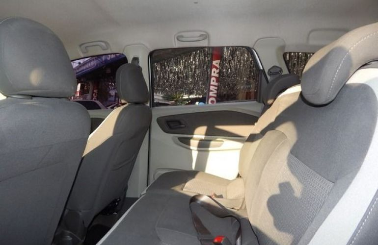 Chevrolet Spin LT 1.8 8V Econo.flex - Foto #4
