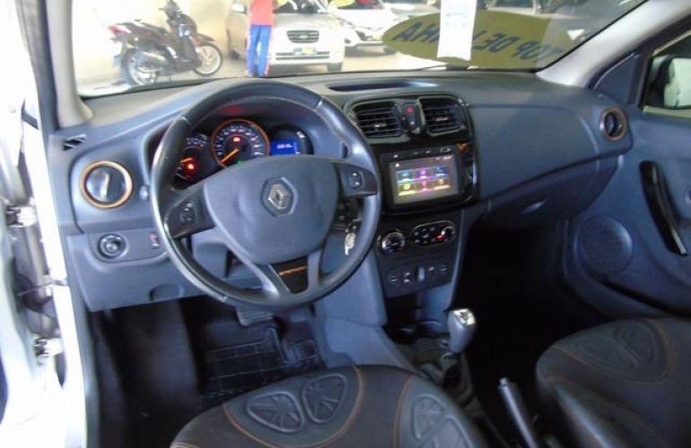 Renault Sandero Stepway 1.6 16V Hi-Flex - Foto #6