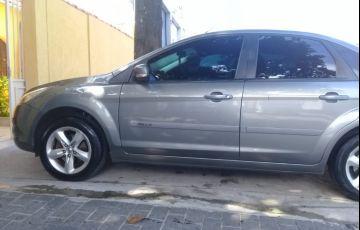 Ford Focus Sedan Ghia 2.0 16V Duratec - Foto #3