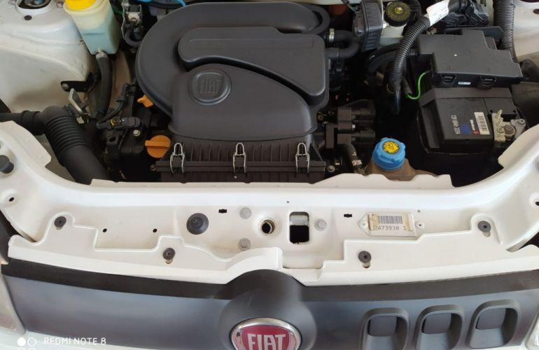 Fiat Uno Attractive 1.0 (Flex) - Foto #5