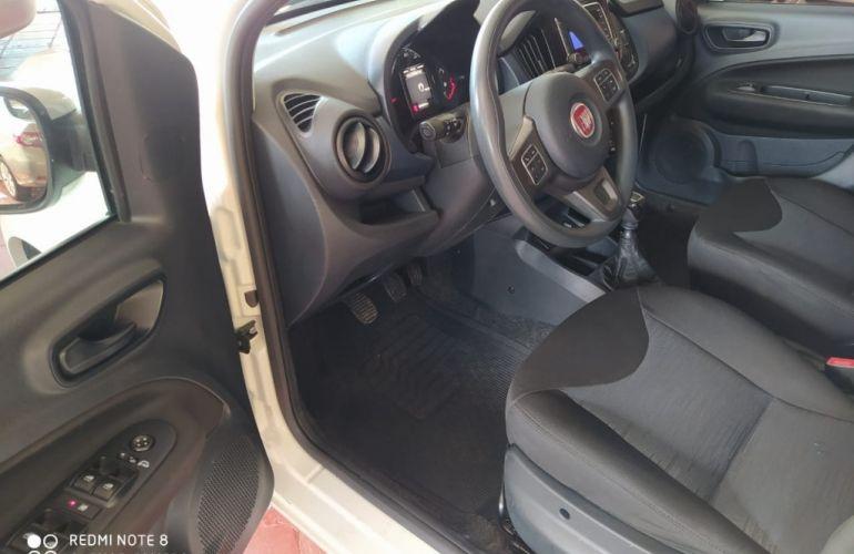 Fiat Uno Attractive 1.0 (Flex) - Foto #7