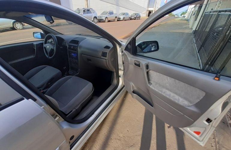 Chevrolet Astra Sedan Expression 2.0 8V - Foto #10