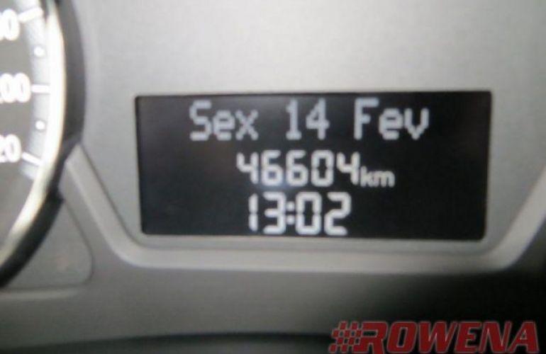 Fiat Grand Siena Attractive 1.4 Evo (Flex) - Foto #6