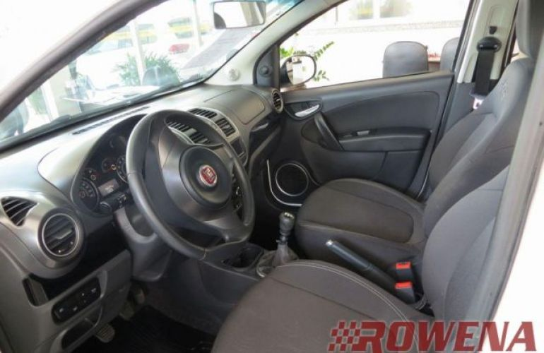 Fiat Grand Siena Attractive 1.4 Evo (Flex) - Foto #9