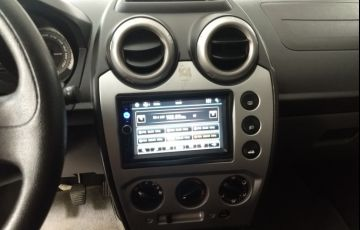 Ford Fiesta Hatch S Plus 1.0 RoCam (Flex) - Foto #7