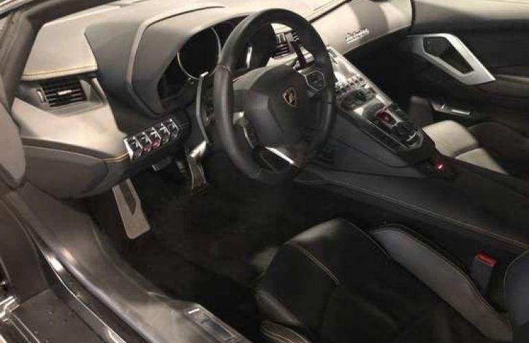 Lamborghini Aventador LP 700-4 6.5 V12 - Foto #4