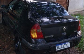 Renault Clio Sedan Authentique 1.0 16V