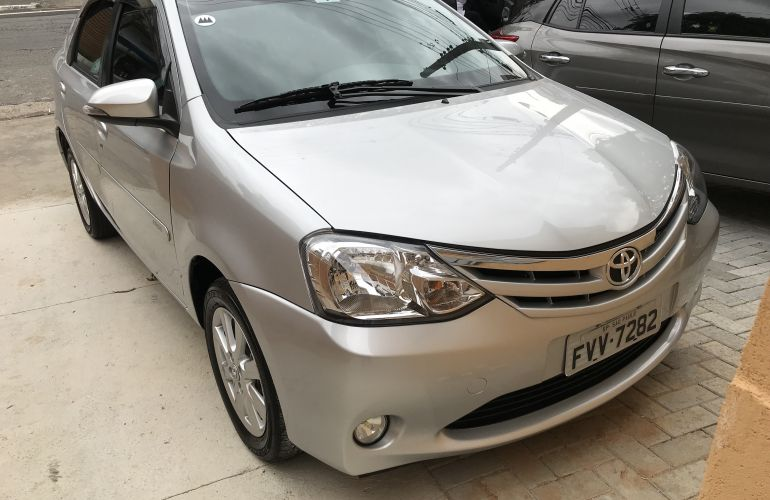 Toyota Etios Sedan XLS 1.5 (Flex) (Aut) - Foto #1