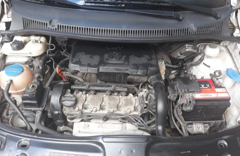 Volkswagen Fox 1.0 VHT (Flex) 4p - Foto #5