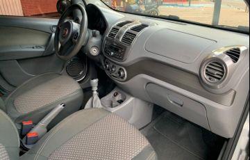 Fiat Grand Siena Essence 1.6 16V (Flex) - Foto #9