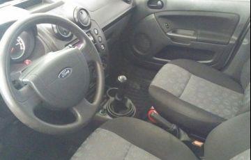 Ford Fiesta 1.0 MPI 8V Flex - Foto #4