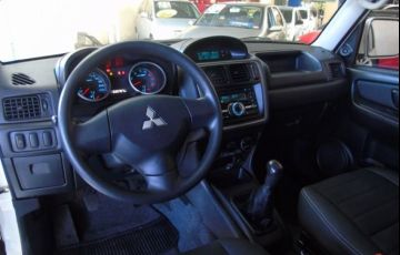 Mitsubishi Pajero TR4 4X2 2.0 16V Flex - Foto #5