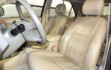 Toyota SW4 SRV 4X4 7 Lugares 3.0 Turbo Intercooler 16V - Foto #7