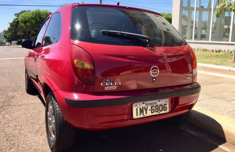 Chevrolet Celta 1.0 - Foto #10