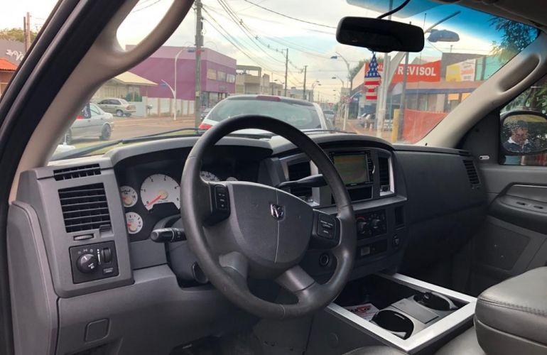 Dodge Ram 2500 Quad Cab HD 4x4 5.9 - Foto #4
