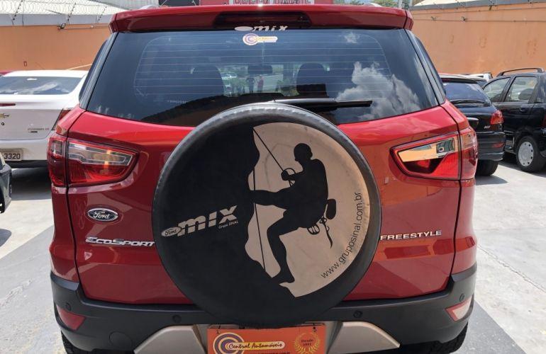Ford EcoSport Freestyle 1.5 (Flex) - Foto #4