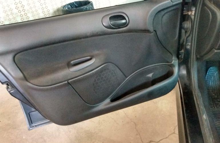 Peugeot 206 Hatch. Presence 1.4 8V (flex) - Foto #7