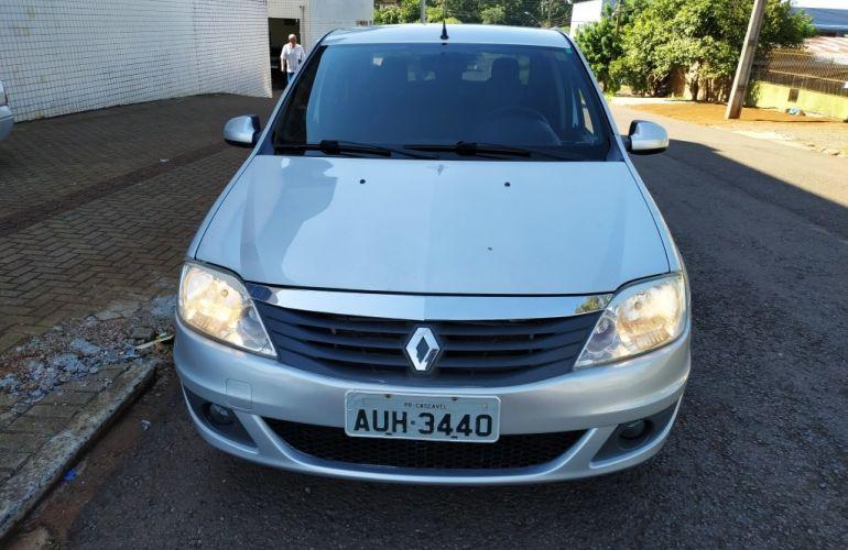 Renault Logan Expression 1.6 16V (Flex) (aut) - Foto #1