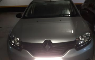Renault Logan Authentique 1.0 16V (flex) - Foto #3