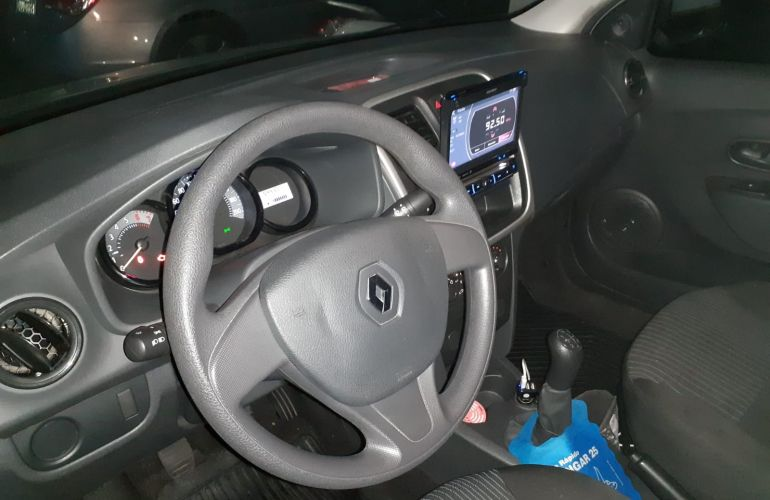 Renault Logan Authentique 1.0 16V (flex) - Foto #6