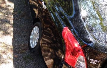 Nissan Versa 1.6 16V S - Foto #5