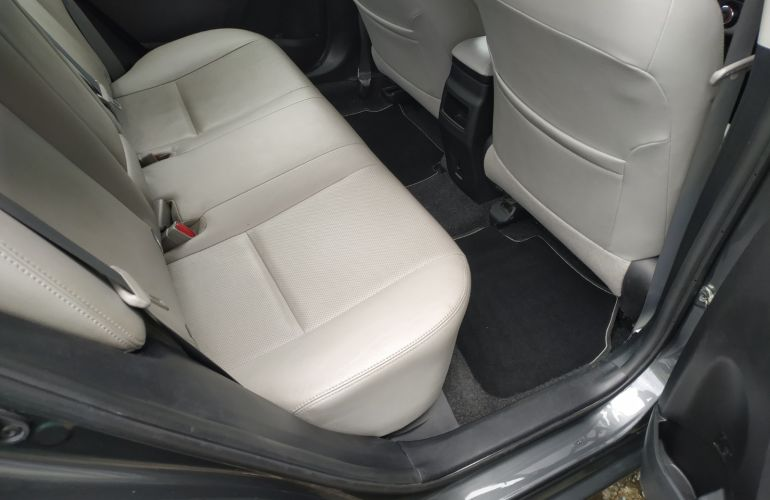Toyota Corolla 1.8 GLi Upper Multi-Drive (Flex) - Foto #1
