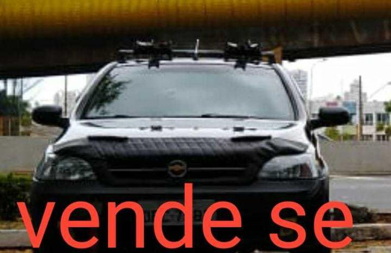 Chevrolet Corsa Hatch 1.8 (Flex) - Foto #1