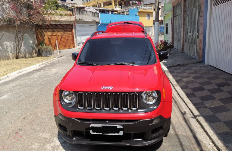 Jeep Renegade 1.8 (Aut) (Flex) - Foto #1
