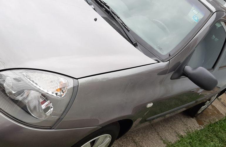 Renault Clio Hatch. Expression 1.0 16V (flex) - Foto #1