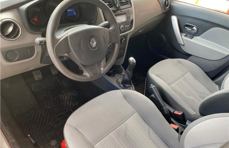Renault Logan 1.0 Expression 16V Flex 4p Manual - Foto #7