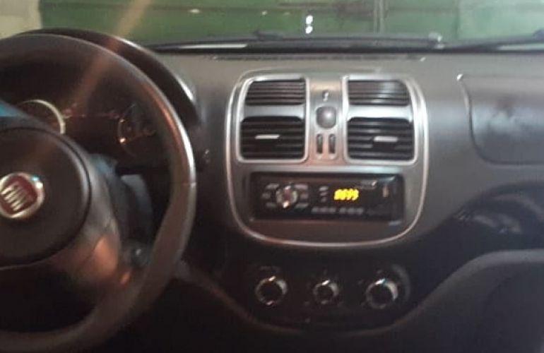 Fiat Grand Siena Evo Attractive 1.4 8V (Flex) - Foto #1
