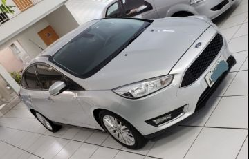 Ford Focus Sedan SE 2.0 16V PowerShift (Aut)