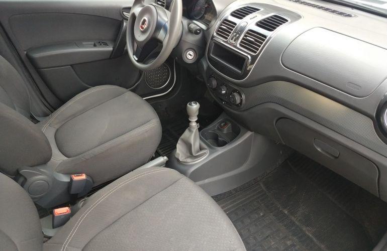 Fiat Grand Siena 1.4 Attractive - Foto #5