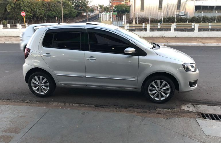 Volkswagen Fox 1.6 8V I-Motion (Flex) - Foto #2