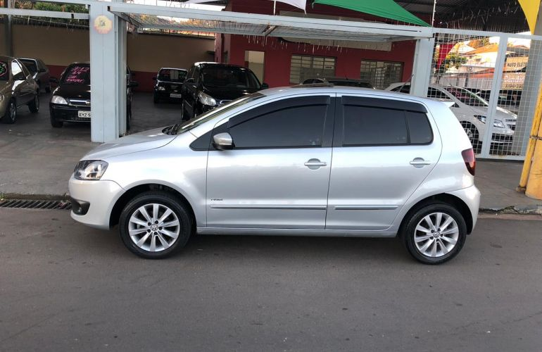 Volkswagen Fox 1.6 8V I-Motion (Flex) - Foto #3