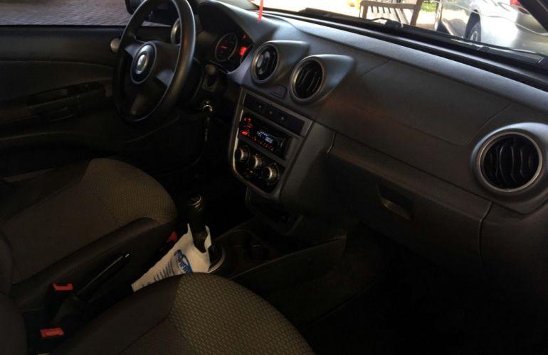 Volkswagen Gol 1.6 VHT (Flex) 4p - Foto #10