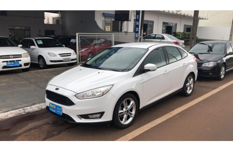 Ford Focus Sedan SE 2.0 16V PowerShift (Aut) - Foto #1