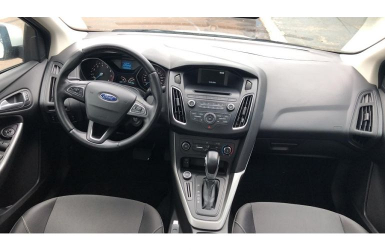 Ford Focus Sedan SE 2.0 16V PowerShift (Aut) - Foto #6