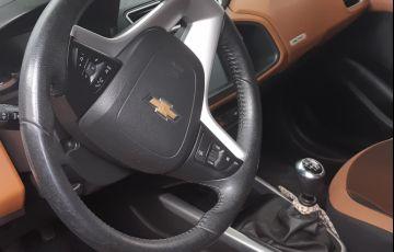 Chevrolet Onix 1.4 Activ SPE/4 - Foto #6