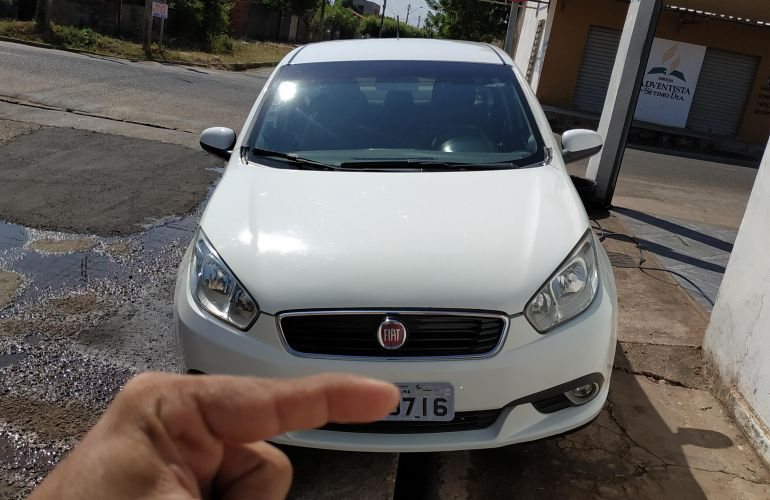 Fiat Grand Siena Evo Attractive 1.4 8V (Flex) - Foto #2